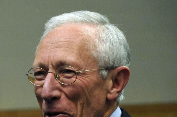 Vice Chairman Stanley Fischer, second in command at the Federal Reserve, announced his retirement on Wednesday.