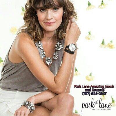 """Park Lane  #parklanepr #joyas #jewels #fashion #diseño #moda #belleza #design #joyas #puertorico #usa #brazaletes #gala #pulseras #collares #relojes #prendas ¡Tenemos Oferta! ¡2 prendas a precio regular y las próximas 4 de igual o MAYOR costo a mitad de precio!  Para las oferta de este estilo escríbenos a myparklanepr@gmail.com o llamanos al (787) 934-2947  Accesso a la tienda en: https://www.parklanejewelry.com/rep/amazingjewels En la sección """"Shop Now""""."""