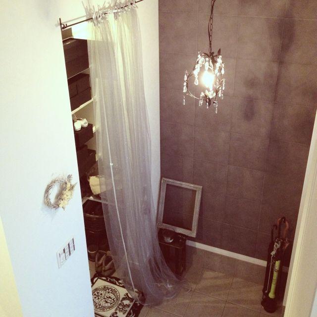 Nyaさんの「玄関/入り口,雑貨,ドライフラワー,モノトーン,シャビーシック」についてのお部屋写真 - RoomClip