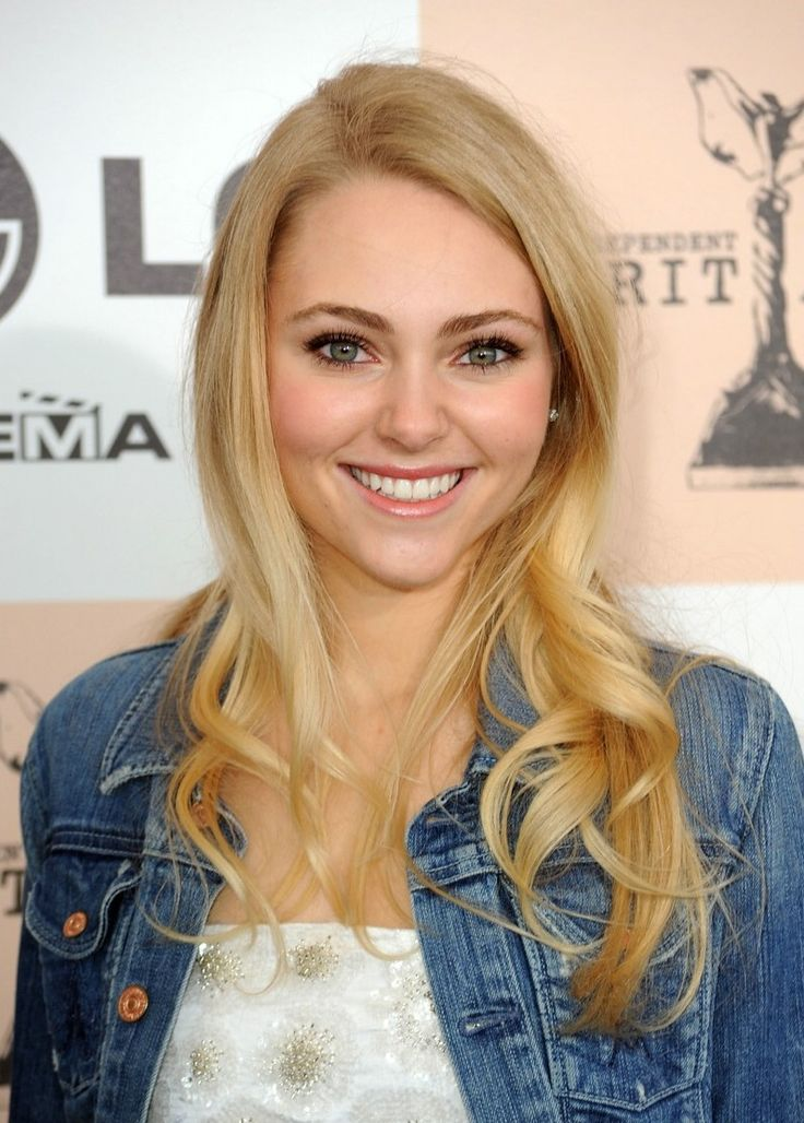 AnnaSophia Robb - I don't know why; I've just liked her for some reason. I can't quite put my finger on it.