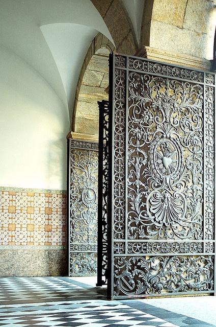 São Bbento. Entrada do Mosteiro de São Bento, expressão máxima do barroco no Rio de Janeiro (baroque architecture in Rio de Janeiro - Brazil)