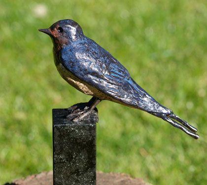bronzen vogels, ijsvogel, kauw, roodborst   Bronzen beelden van Coos van Eijk