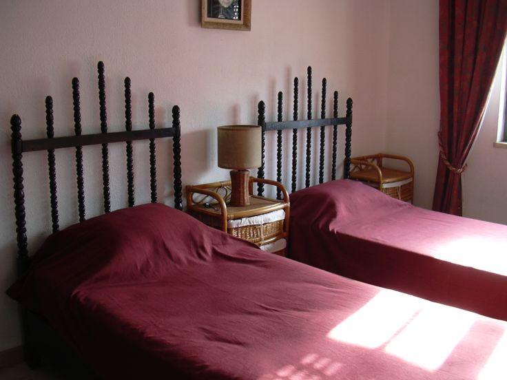 Quarto 1 Casa das Camarinhas Almograve https://www.facebook.com/AlmogPedrinhas