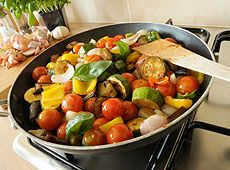 Kuchnia francuska - regionalne produkty i dania: tartiflette, fondue, raclette, ratatouille.
