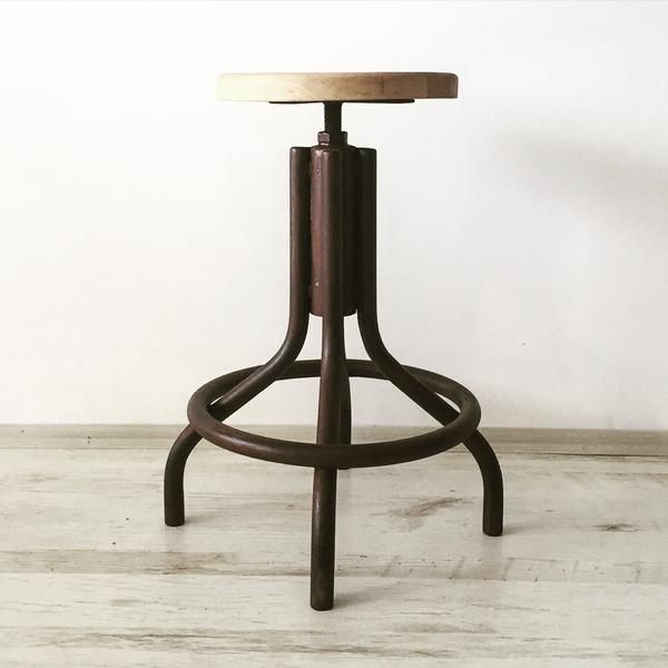 """DAB"" endüstriyel tabure ürünümüz 530₺.  #industrial #endustriyel #endustriyelim #design #retro #vintage #rustic #wood #home #decor #decoration #interior #interiordesign #tasarim #icdekorasyon #mobilya #furniture #industrialfurniture #dekor #icmimar #lambader #reclaimed #steel #metal #reclaimed #tabure #endustriyelmobilya #dekorasyonfikirleri #dekorasyon #coffeetable #stool"