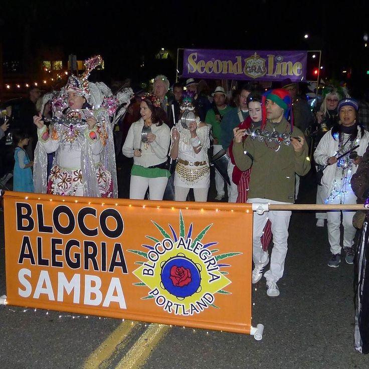 Happy Friday! Samba away with Bloco Alegria who made our 2016 Ball and Parade such a party!! http://ift.tt/1LBFldA  #samba #music #streetparade #party #shiny #costumes #misssissippiavenue #portland #oregon #mardigras #mkon #parade #tingtings