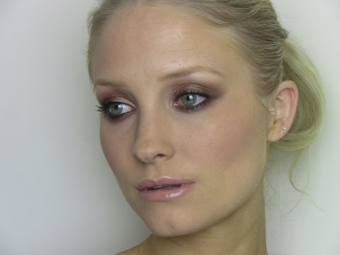 Emily Blunt, Autumn Smokey Eye make-up Tutorial