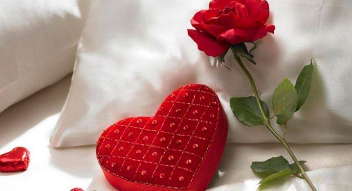Mark-ha.com'un sevgililer günü kategorisine bakmadan sevgililer günü hediyelerinize karar vermeyin.