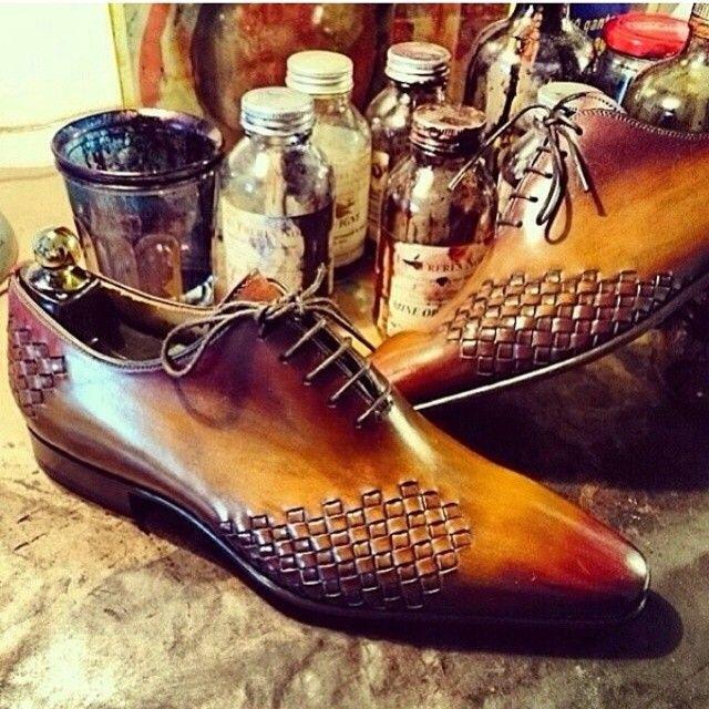 Bespoke Footwear #wingtips #woven