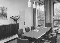 Medische Faculteit van de R.K. Universiteit, St. Radboud Ziekenhuis M 608, kleine vergaderkamer, 1956.