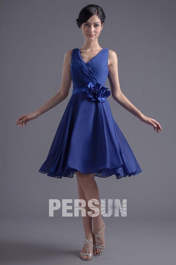 Robe demoiselle d'honneur bleu en mousseline ornée de fleur à la ceinture 69,26€