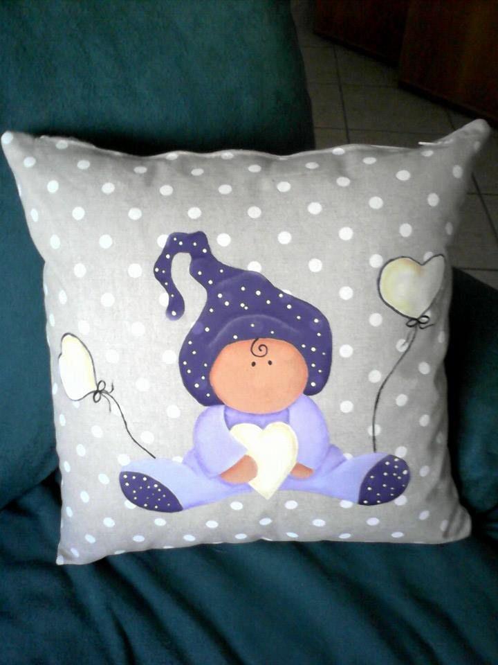 Cuscino dipinto a mano personalizzabile
