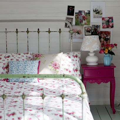 My Floral Bedroom styling for Prima mag featured on Red Magazine website