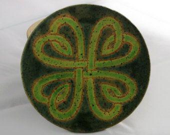 Keramické irský keltský čtyři listy jetel smal jar, keramika jar, Den svatého Patrika keramický džbán, irský jetel, keltské srdce, má 6 oz
