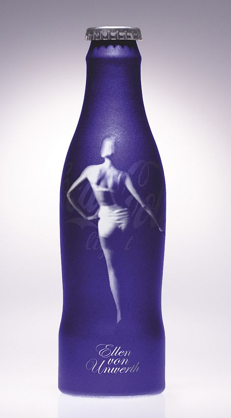 Coca-Cola Light by Ellen von Unwerth  CHECK OUT ALL MY COKE BOARDS AND FOLLOW OUR OTHER BOARDS COCA COLA ADS COCA COLA BOTTLES COCA COLA CANS COCA COLA EVERYTHING ELSE COCA COLA VEHICLES