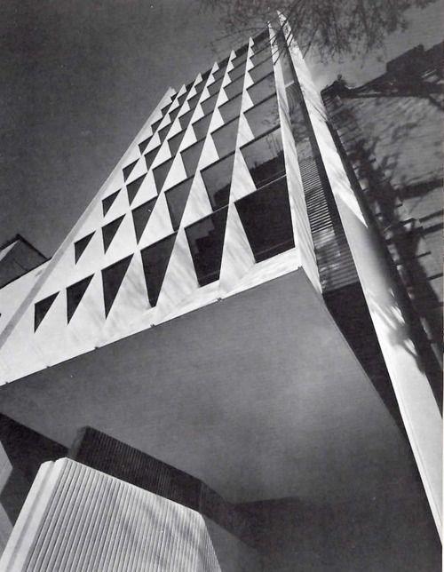 Edificios de Oficinas, Calle Praga 56, Colonia Juárez, México DF 1965 Arq. Agustín Hernández Office Building, Zona Rosa, Mexico City, 1965