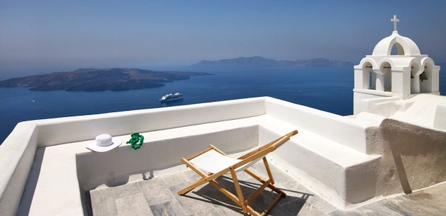 #rethink_hotels This is my seat when I get to the Aigialos in Santorini !