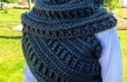 Katniss Crochet Cowl