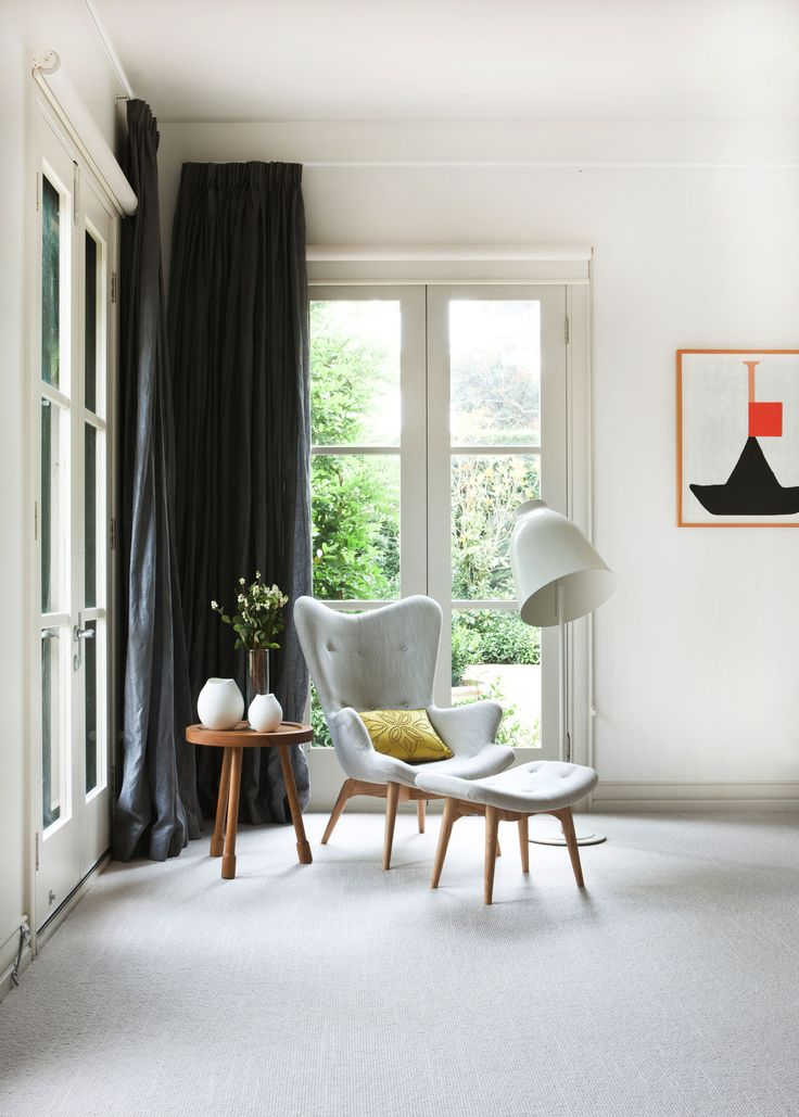 Doherty Design Studio's Beach House Residence. Photographer: Gorta Yuuki