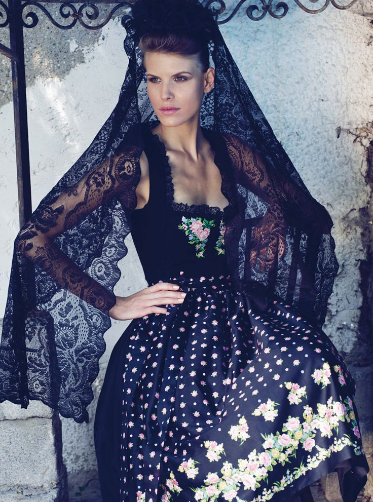 Dirndl by Sportalm beautifully styled with spanish veil. This breath-taking look…