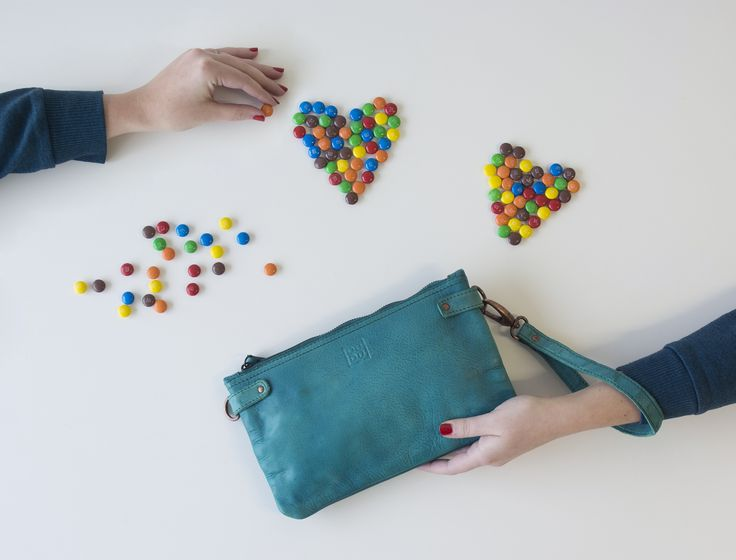 Love is in the air | Timeless Collection | Leather pochette malachite green