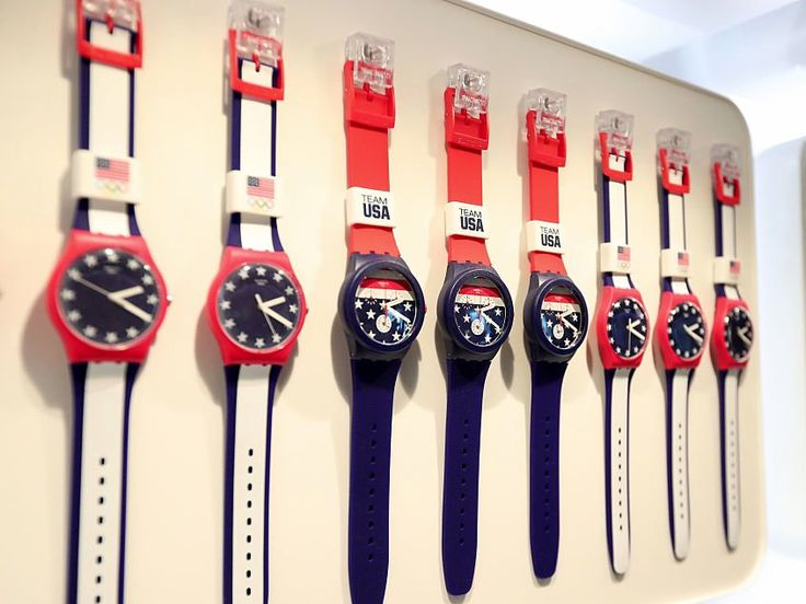 Apple is crushing the Swiss watch industry  and one brand is particularly vulnerable (AAPL FOSL)