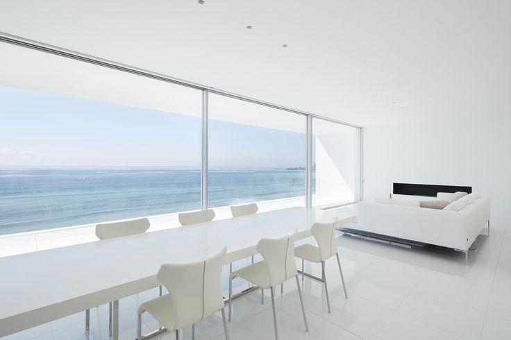 Seaside House Modern Home in Kanagawa Prefecture, Japan by Seaside… on Dwell