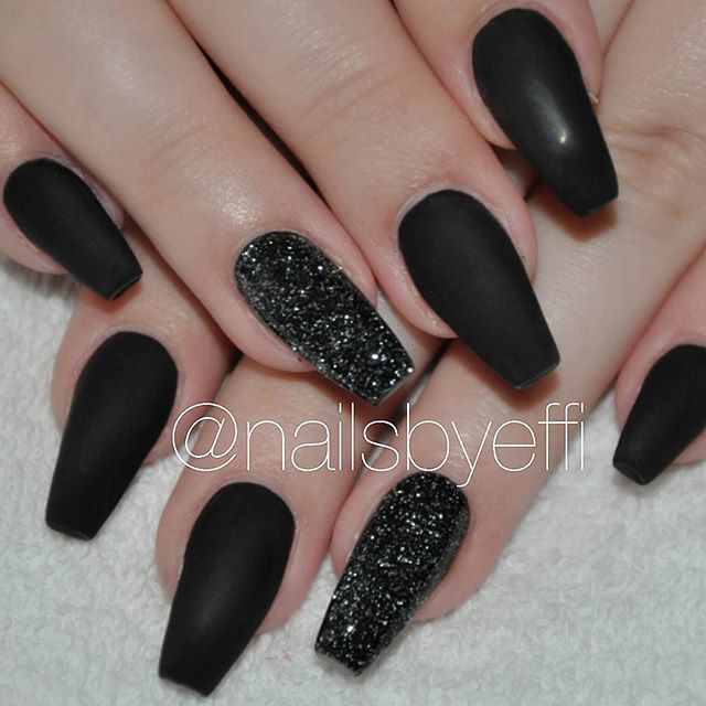 Matte Black♥with glitter