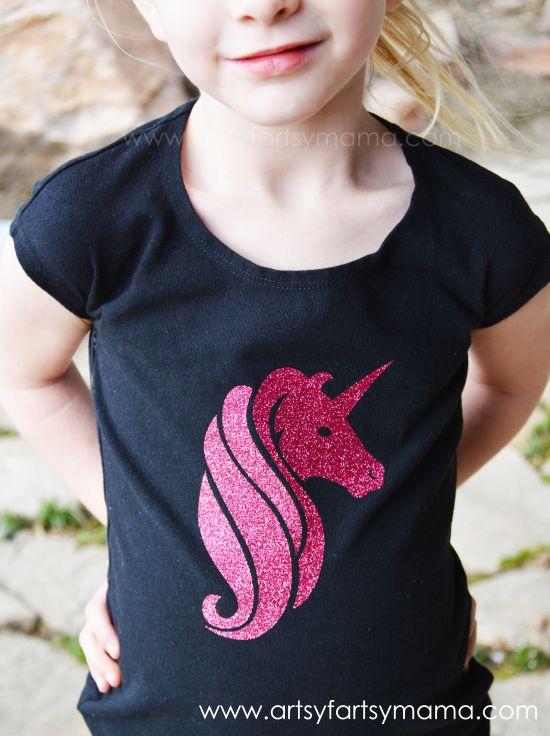DIY Glitter Unicorn Shirt at artsyfartsymama.com