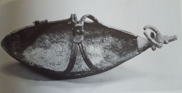 Sardinian bronze boat with coiled wire bronze decoration
