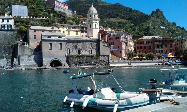 Vernazza waterfront