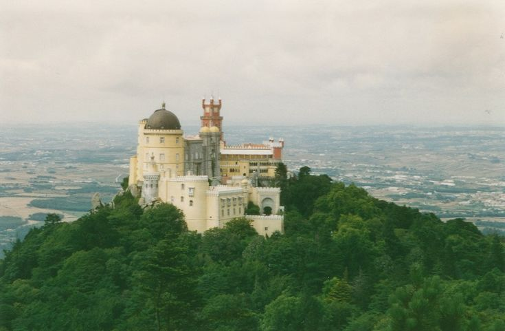 Sintra - https://www.absolutviajes.com/sintra/