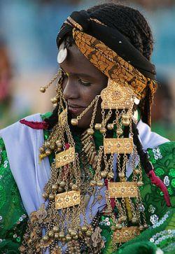 """Tuareg girls in Ghadames. | photos: Sasi Hari. """