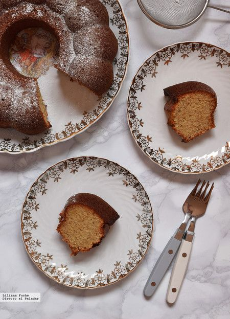 Bundt Cake de naranja, almendra y canela. Receta de postre, desayuno o merienda, ¿qué eliges?