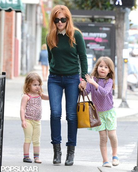 Isla Fisher Takes Her Little Ones Out For a Girls' Lunch #celebrityfamilies #islafisher