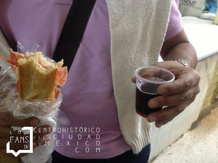 #Mercado #San #Juan #Centro #Historico #Ciudad #Mexico #CiudaddeMexico #ErnestoPugibet #21 #df #Comida #queso #español  #vinoTinto
