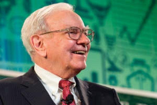 The Investors Edge  #Apple  #Buffett AAPL Stock: Warren Buffett Is Betting Big on Apple Inc.
