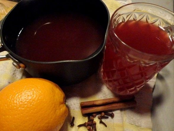 The Food Explorer's Favorite 50+ Alcoholic & Non-Alcoholic Christmas Punch Recipes: Non-Alcoholic Christmas Spiced Fruit Punch from The Furious Pear Pie