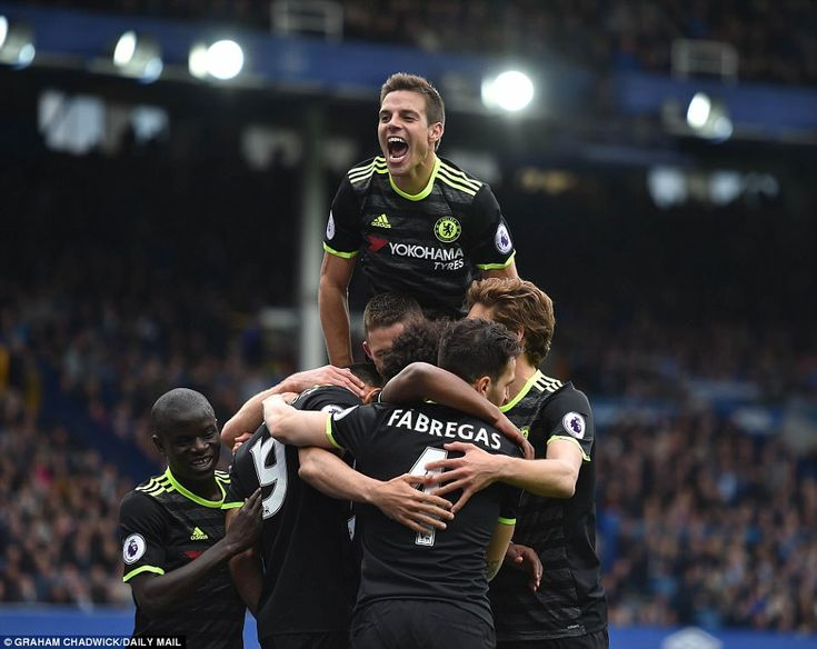 Pedro, Gary Cahill and Willian score as Chelsea win | Daily Mail Online