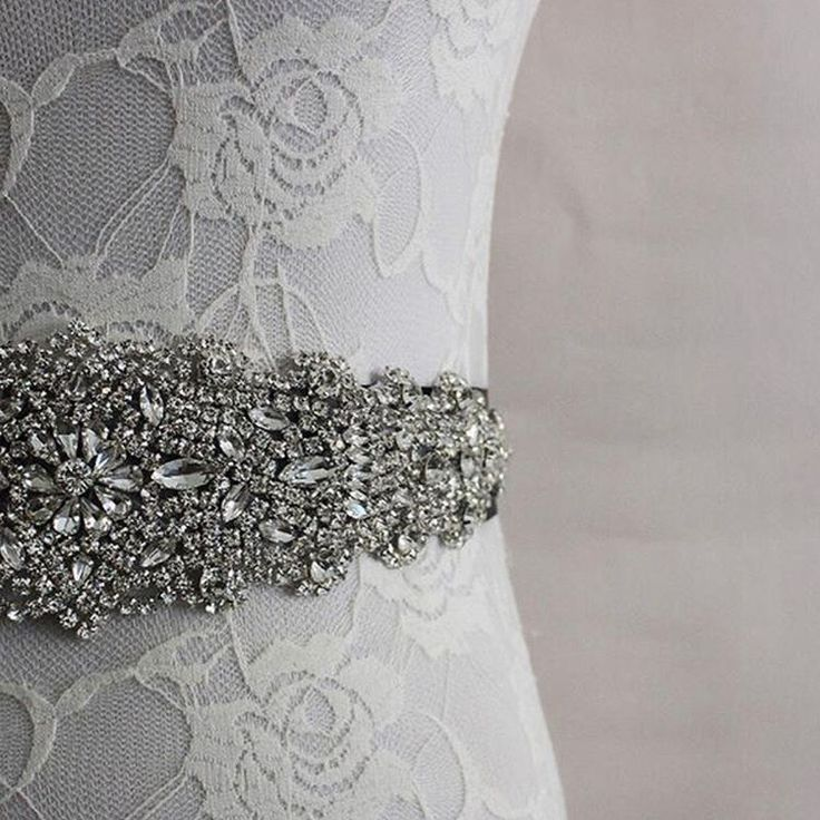 ✨Crystal sashes are perfect to dress up a simple dress ✨ Perfect for the bride or bridesmaids! Swipe for available colours ���� #sydneyweddingblogger#weddingdress#weddingsash#crystals#sash#diamondsareagirlsbestfriend#weddingcakes#weddingdress#weddingring#weddinginspo#weddinginspiration#weddingbling#bling#bridetobe#brides#bridesmaids#bridalshower#bridalhair#bridesmaiddresses#bridesmaidsgoals#bridemaidgown#bridesofinstagram#bridestory#bride2be#BlingBridalBazaar…
