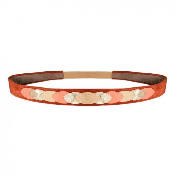 L'accessoire tendance par exellence. Ce headband aux couleurs rosées fera de vous la reine de cet été.