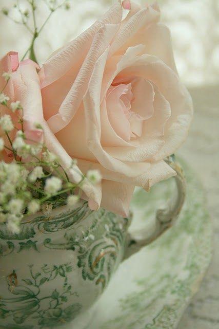 (A través de las flores de Aiken House & amp; Jardines | ❤ Green & amp; Rosa ❤ | Pinterest)