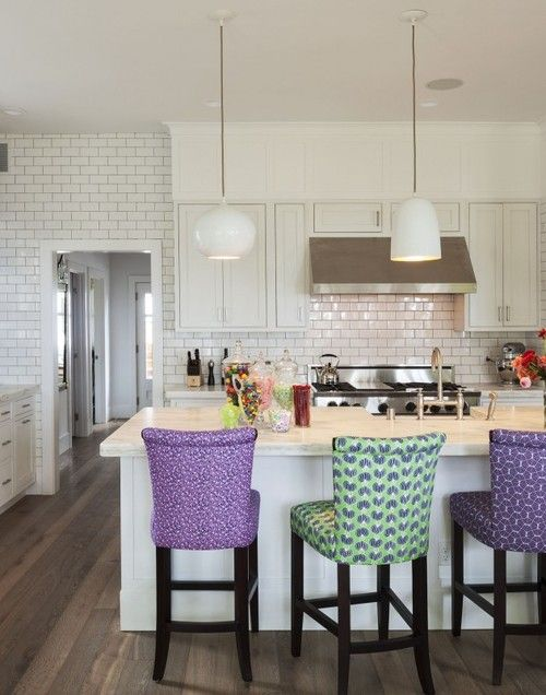 I like that they just kept going on the wall with the white subway tile. I want to do that in my kitchen, get rid of the other weird textures.
