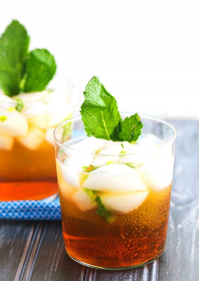 Arnold Palmer - Named after the American golfer, the Arnold Palmer is actually a non-alcoholic drink made with one-to-one iced tea and lemonade, but it's been revised with a boozy twist. To make the adult version, fill a rocks or Collins glass with ice, then fill it halfway with lemonade and top it with sweet tea vodka.