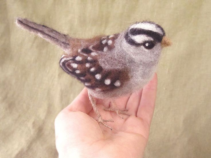 Needle felted bird, white crowned sparrow.