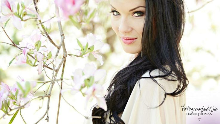 Lynné de Jager Mrs South Africa 2012 Spring in South Africa!