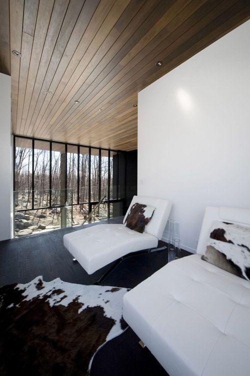 ressemble à la maison dessinée en 2006. Mont Saint Hilaire Residence in Canada by Blouin Tardif Architecture in architecture Category