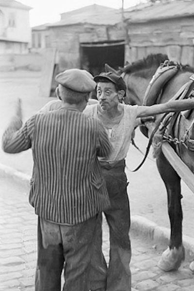 Δυο άνδρες κι ένα άλογο, 1951 - Fred Maroon