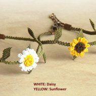 レース編みの小花のブレスレット ひまわりorデイジーの画像