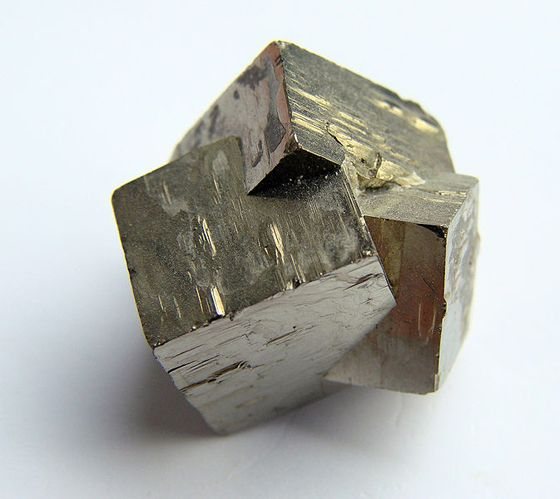 pyriteTwine Pyrite, Nature Inspiration, Filepyrit 60608Jpg, Crystals Twin, Pyrite Crystals, Crystals Collection, Crystals Group, Minerals, Pyrite Cubes
